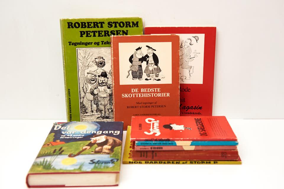 Rent til grin – køb 9 Storm P bøger for 50.-